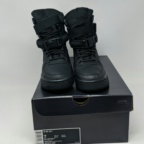 new product 9c080 0e8da Nike Air Force 1 Black Boots